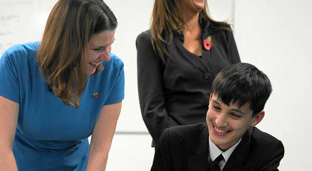 jo swinson at a school